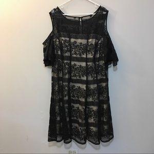 Gabby Skye NWT Lace Dress 24W